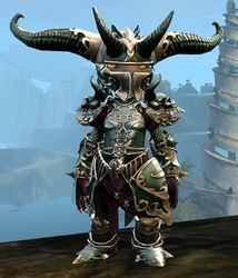 Triumphant Hero's armor (heavy) asura female front.jpg