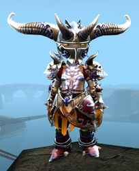 Mistforged Triumphant Hero's armor (heavy) asura female front.jpg