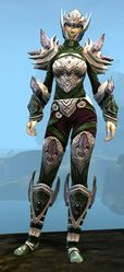Ardent Glorious armor (medium) sylvari female front.jpg