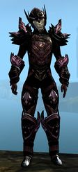 Ardent Glorious armor (medium) sylvari male front.jpg