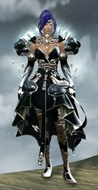 Crystal Savant Outfit norn female front.jpg