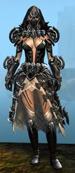 Bladed armor (light) norn female front.jpg